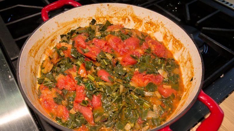 Spicy Collards in Tomato-Onion Sauce